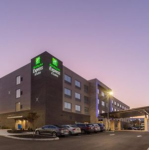 Holiday Inn Express And Suites Florence - Cincinnati Airport photos Exterior