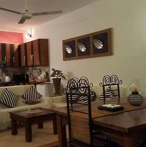 Jasmine - Fully Furnished 2 Bedroom Apartment photos Exterior
