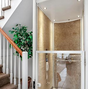 Sunset Views + Steps From The Beach With Elevator Duplex photos Exterior