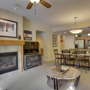 Free Activities & Equipment Rentals Daily - Base Village Ski In-Out Luxury Condo #3133 Huge Hot Tub & Great Views photos Exterior