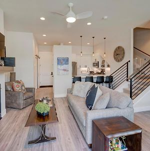 New Luxury Loft #6 Near Resort With Huge Hot Tub & Views - Free Activities & Equipment Rentals Daily photos Exterior