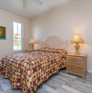 Best Priced 4 Bedroom Town Home In Regal Palms Townhouse photos Exterior