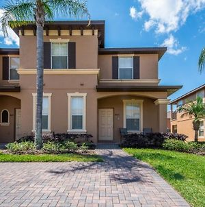 Elegant 4 Bed Town Home At Regal Palms Townhouse photos Exterior