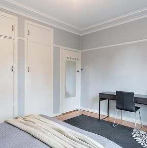 1 Private Double Room In Carramar 1 Minute Walk To Station photos Exterior