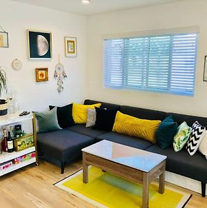 Artbnb // New // Poolview // Business // Lax // Eco // Kingbed photos Exterior