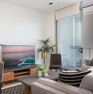 Brand New Two-Bedroom W District Views And Parking photos Exterior