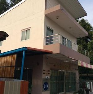 Sorn Waree Apartment photos Exterior