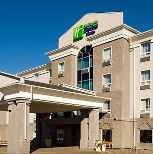 Holiday Inn Express Hotel & Suites Prince Albert photos Exterior