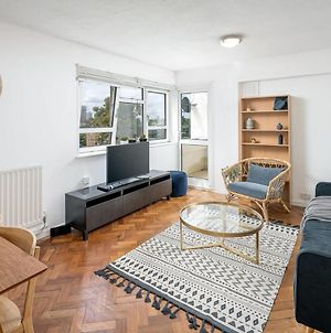 3Bed Stylish Stockwell Apt, 3Mins To Victoria Line photos Exterior