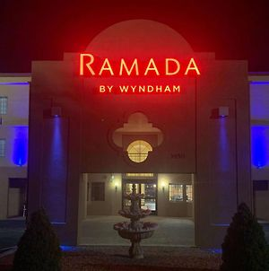 Ramada By Wyndham Santa Fe photos Exterior