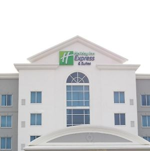 Holiday Inn Express Hotel & Suites Columbia-Fort Jackson photos Exterior