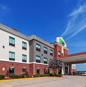 Holiday Inn Express Hotel & Suites Sealy photos Exterior