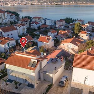 Apartment Trogir With Sea View 4 photos Exterior