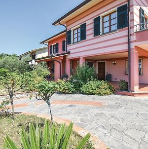 Amazing Home In Sarzana W/ 5 Bedrooms photos Exterior