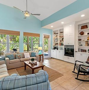 Blue Skies~ Charming 3Br/2 1/2Ba Cottage Minutes From The Gulf photos Exterior
