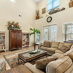 Bon Ami~ Beautiful 4Br/3Ba Minutes From The Beach With Sleeping For 14 photos Exterior