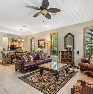 Limelight~ Forget Your Worries At This Charming 3Br/3Ba Beach House! photos Exterior
