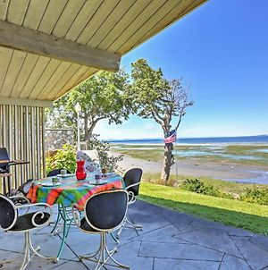 Authentic Mid-Century Cottage On Birch Bay Coast! photos Exterior