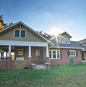 Gorgeous Cleveland Escape With Porch And Fitness Room! photos Exterior