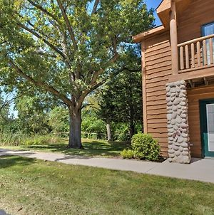Cozy Townhome, Half Mi To Starved Rock State Park! photos Exterior