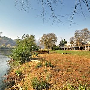 Peaceful Reliance Cabin With Deck On Hiwassee River! photos Exterior