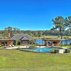 Cottage By The Pond On Gorgeous Expansive Estate photos Exterior