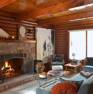 Boutique & Artsy Log Cabin In North Lake Tahoe! photos Exterior