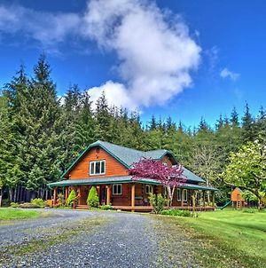 Rustic Forks Cabin Deck And Loft Less Than 7 Mi To La Push! photos Exterior