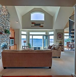Luxury 3Br And Loft Seneca Lakehouse With Private Dock! photos Exterior
