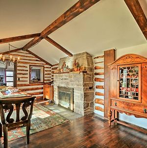 Macungie Cabin With Fireplace Near Bear Creek Skiing! photos Exterior