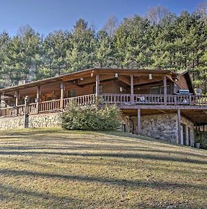 Emerald Gate Farm Cabin Nestled On 13 Acres! photos Exterior