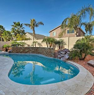 Luxurious Home With Pool, 2 Mi To Surprise Stadium! photos Exterior