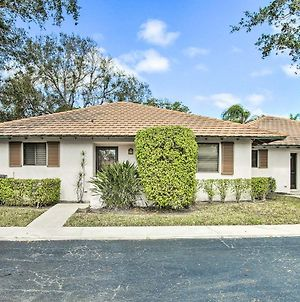 Charming Palm Beach Gardens Home In Pga National! photos Exterior