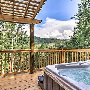 Private Sevierville Cabin With Mountain-View Hot Tub photos Exterior