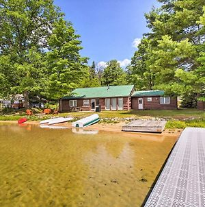 Beautiful Lakefront Cabin In Traverse City Forest! photos Exterior