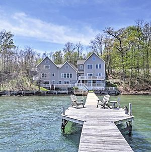 Waterfront Seneca Lake House Fire Pit And Boat Dock photos Exterior