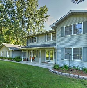 Private Plymouth Hideaway - 13 Miles To Ann Arbor! photos Exterior