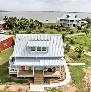 Updated Ranch Cottage With Pier On Carancahua Bay! photos Exterior