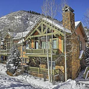 Ski-In And Out Townhome With Hot Tub By Arrow Bahn Lift! photos Exterior