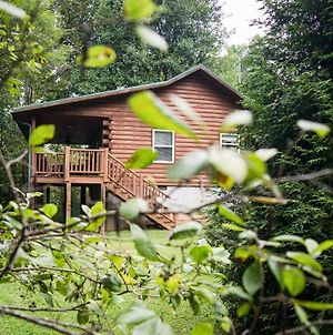 Fox Creek Waterside Cabin With Private Hot Tub! photos Exterior