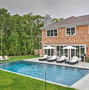 Luxury East Hampton Home With Private Saltwater Pool! photos Exterior
