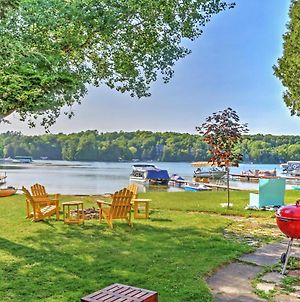 Charming Cottage On Crystal Lake With Private Dock! photos Exterior