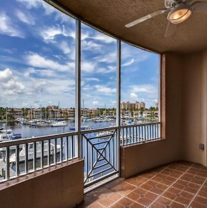 Waterfront Condo With Access To Pool And Golf Course! photos Exterior
