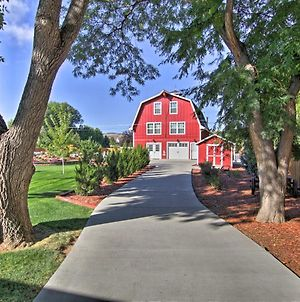 Barn Retreat And Event Venue, 5 Miles To Old Town! photos Exterior