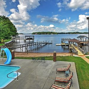 Waterfront Lake Norman Duplex With Pool & Boat Dock! photos Exterior