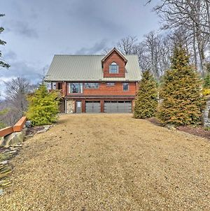 Boone Cabin With Balcony & Views - Mins To Downtown! photos Exterior