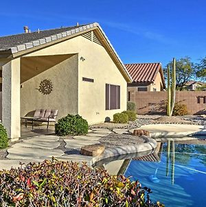 Updated Western Getaway With Private Outdoor Oasis! photos Exterior