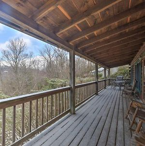 Boone Cabin On Private Lot With Deck And Mtn Views! photos Exterior