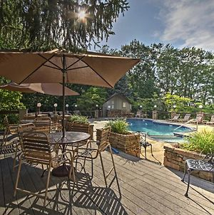 Smoky Mtn Condo With Porch & Pool Access - 4Mi To Town photos Exterior