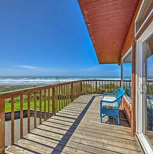Oceanfront Clam Beach House With Private Hot Tub! photos Exterior